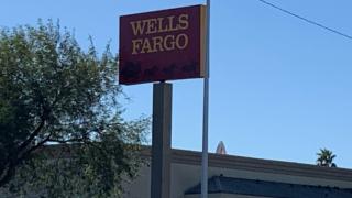 Wells Fargo bank robbery.PNG