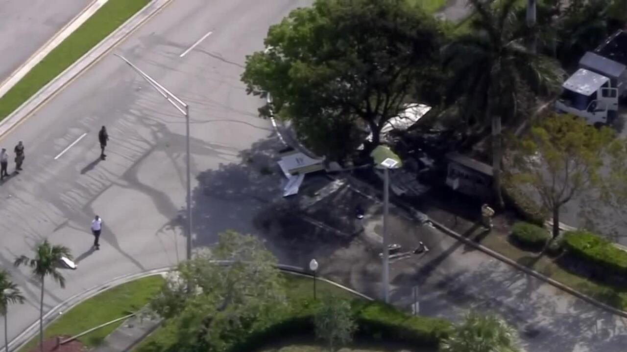 Small plane crashes in Miramar