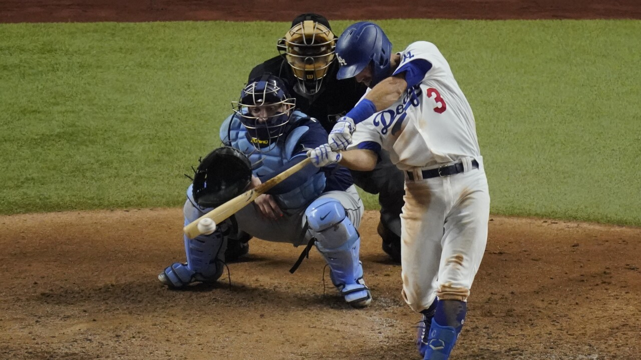 Virginia Beach's Chris Taylor reaches base three times as Dodgers take Game  1 of World Series