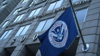 Largest US immigration raids in a decade net 680arrests