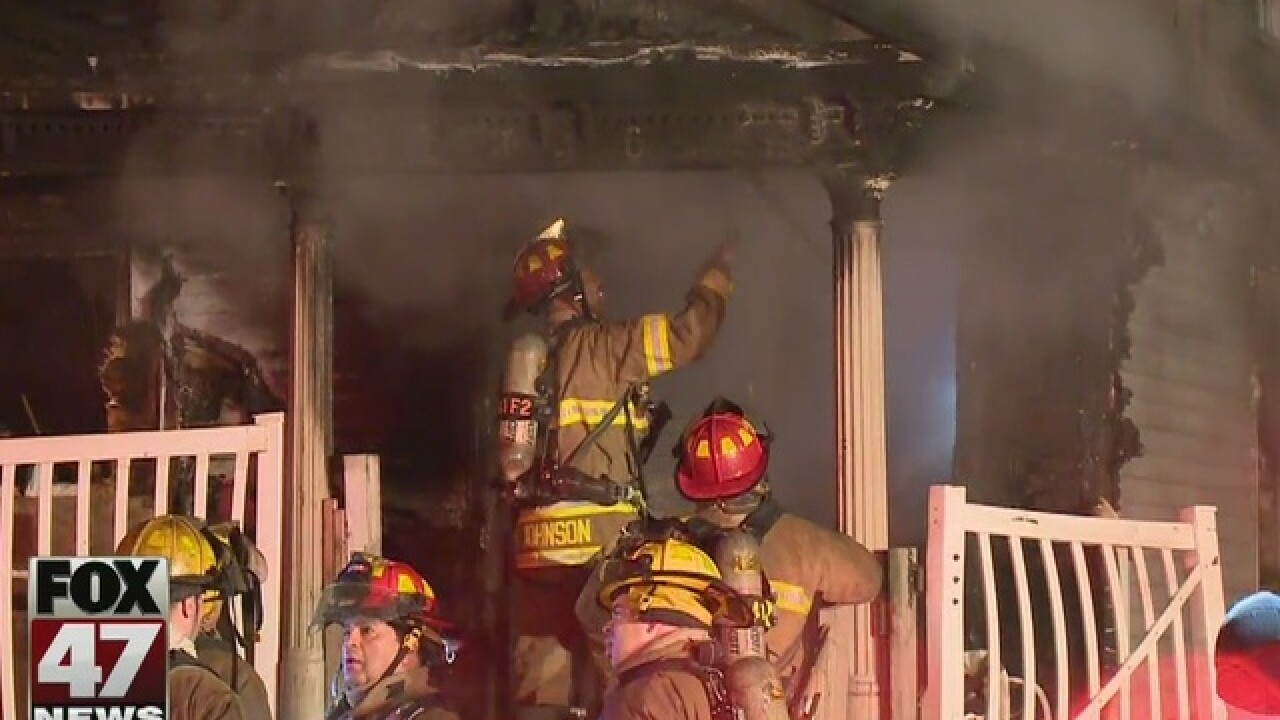 Dog dies in Lansing house fire