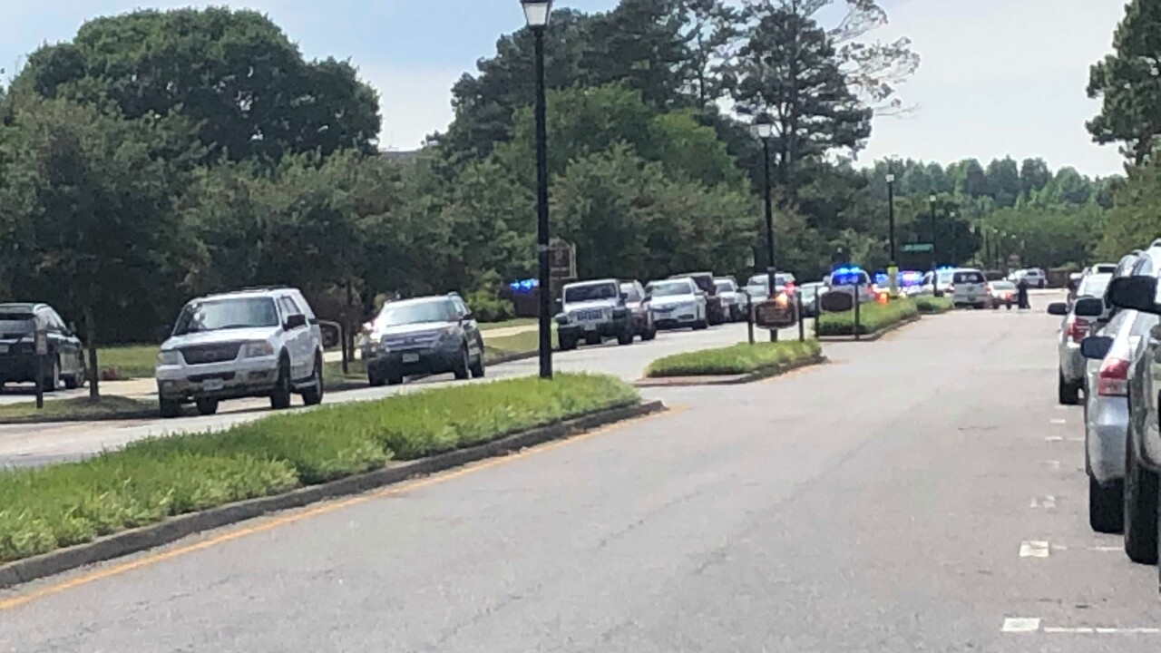 12 victims, shooter killed in Virginia Beach mass shooting