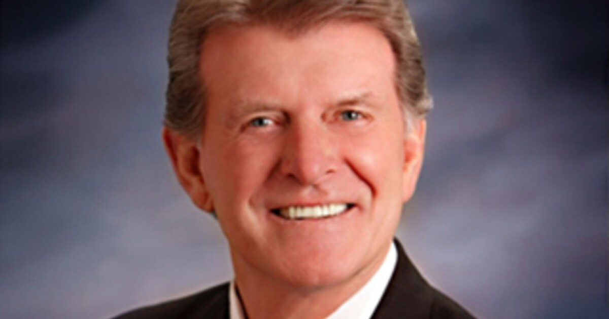Former Idaho governor joins lobbying firm