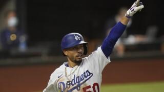 Dodgers top Rays 8-3 in World Series opener