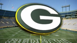 Green and gold packers logo