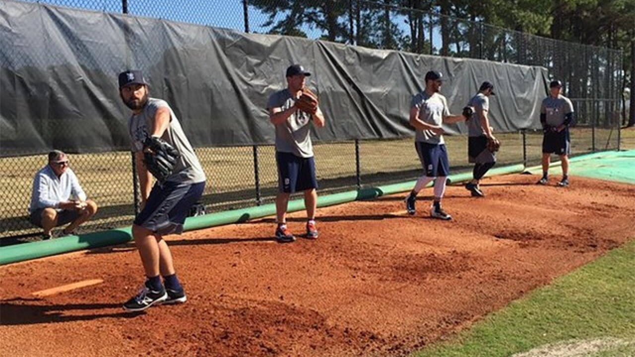 Tigers pitchers warm up ahead of Spring Training