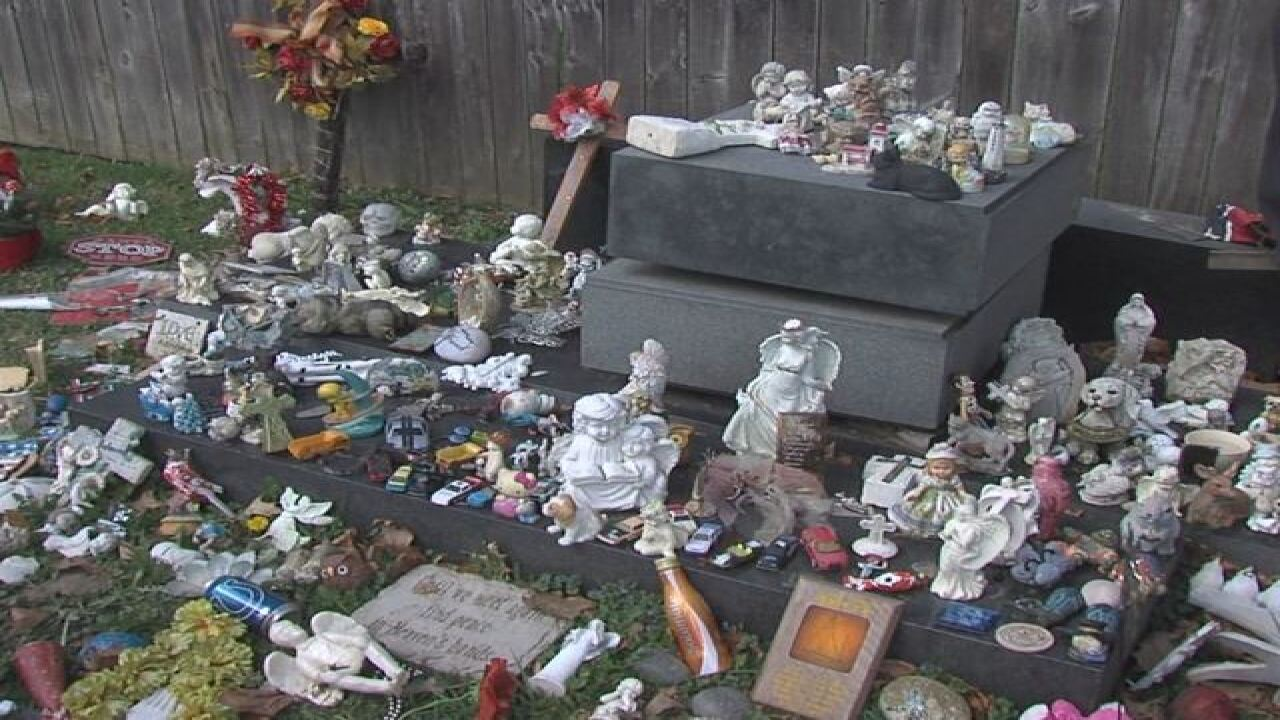 Families Upset After Muncie Cemetery Removes Decorations From Graves