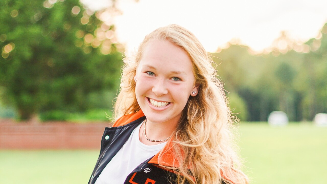 Lauren Holbrook, Tabb High School.jpg