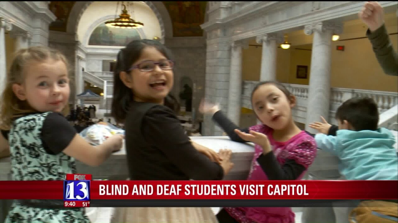 Lawmakers get lesson from Utah Schools for the Deaf andBlind