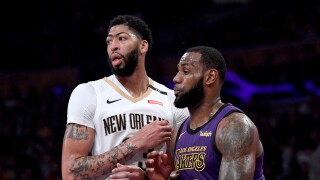 Anthony_Davis_LeBron_James_New Orleans Pelicans v Los Angeles Lakers