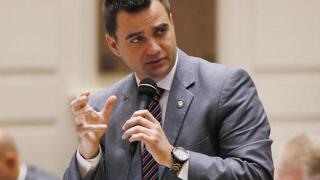 Okla. senate mulling overriding abortion veto