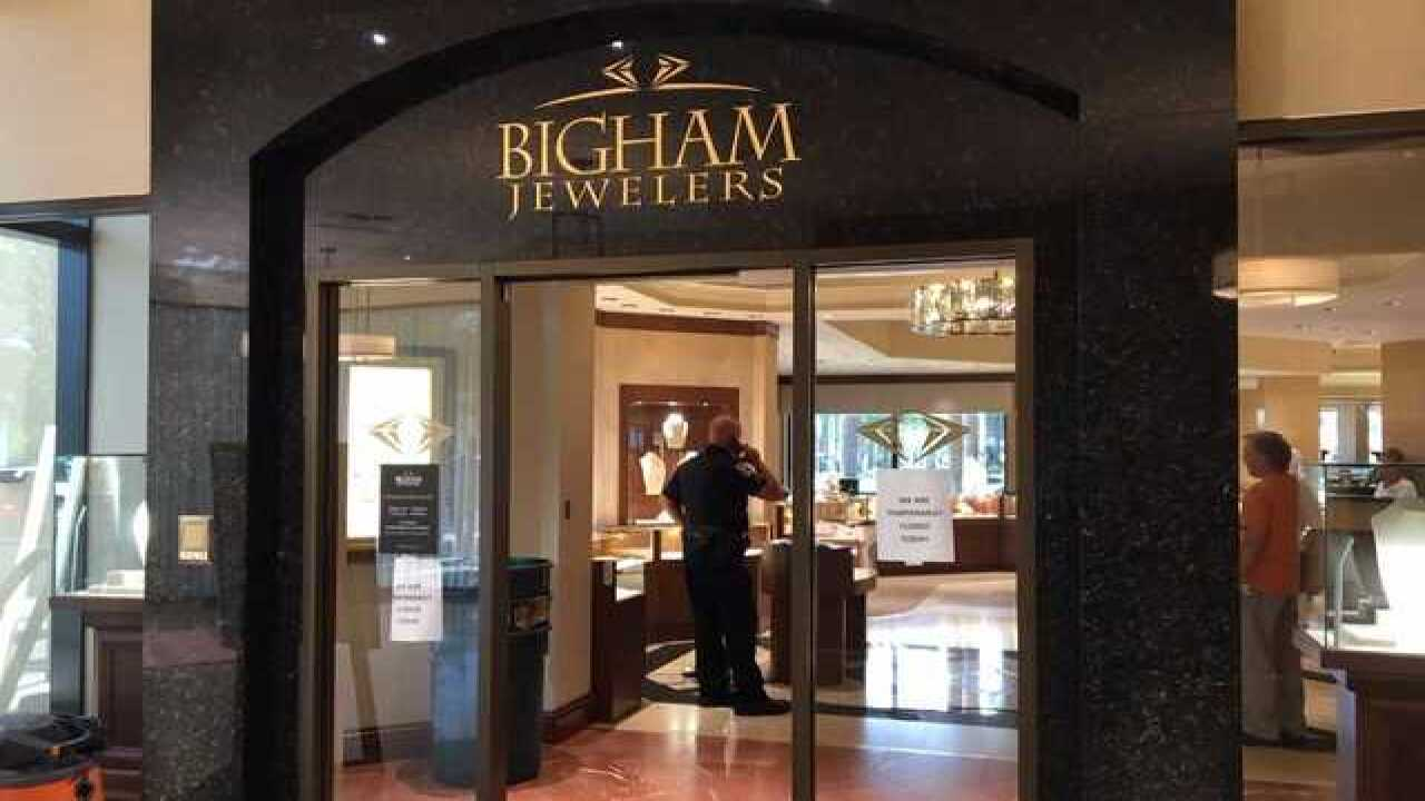 "Burglars hit Bigham Jewelers in Naples in ""major breach"""