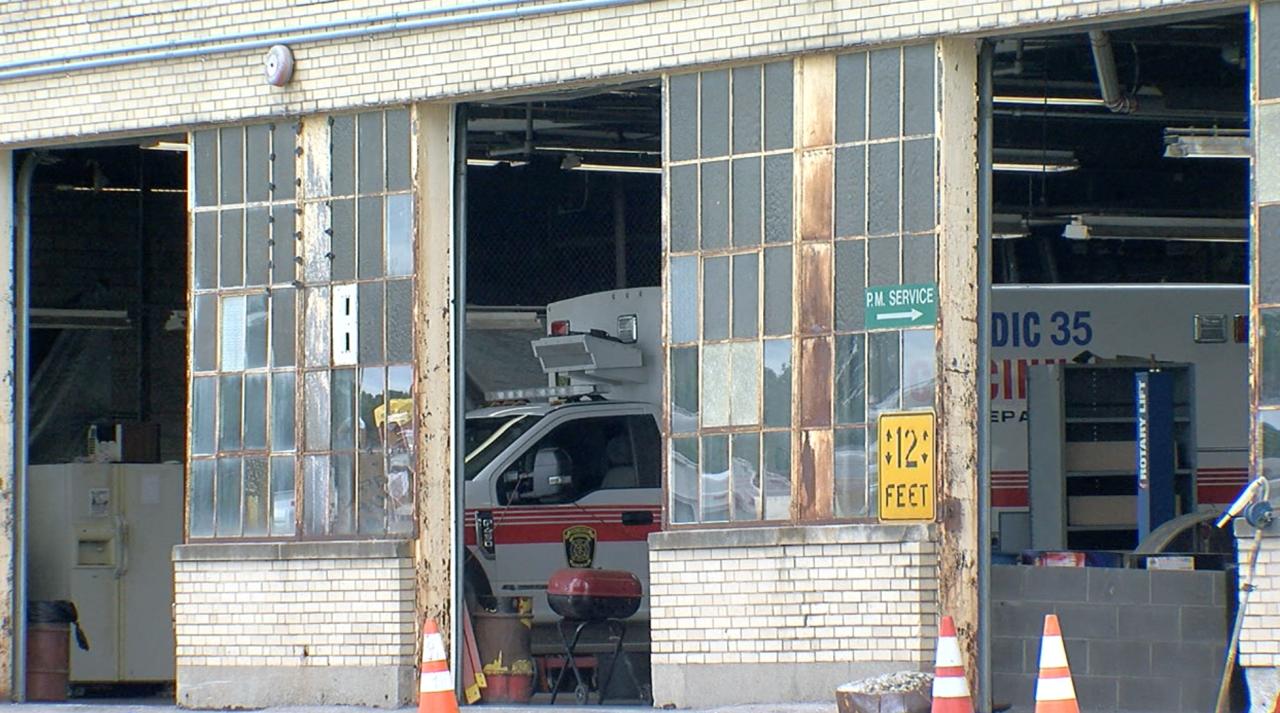 City of Cincinnati's municipal garage, built in 1934, has no air conditioning.