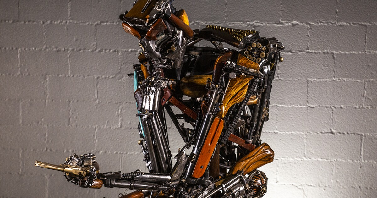 Statue inspired by 1 October, made of 600 weapons, to appear in downtown Las Vegas