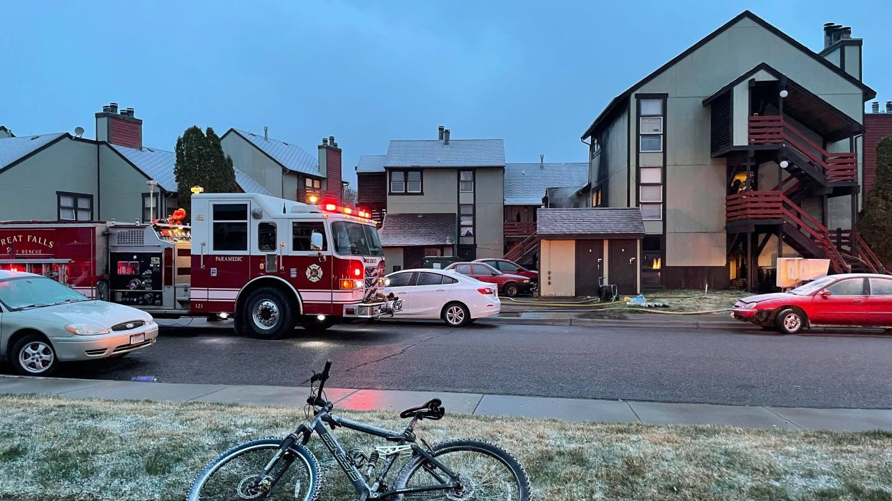 Fire at Fox Hollow apartments