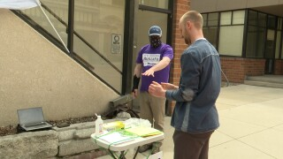 COVID-19 forces ballot measure campaigns to change signature-gathering methods