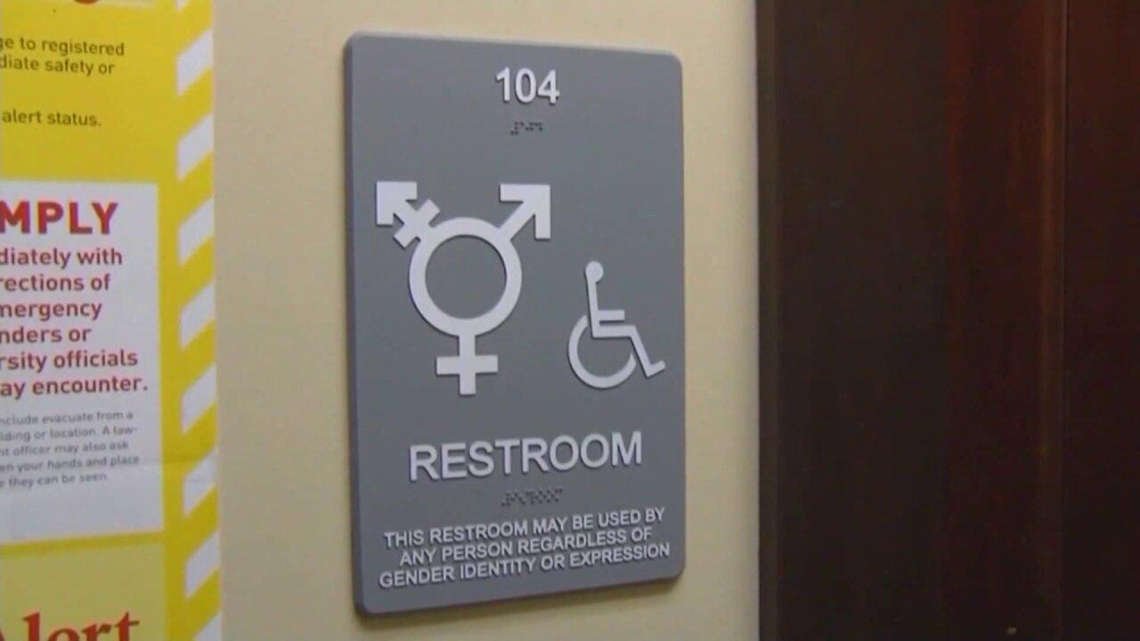 Transgender bathroom policy debate heats up during Gloucester Co. School Boardmeeting