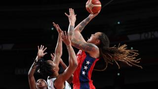 Team USA women's basketball wins 50th-straight Olympic game