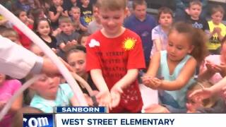 Andy Parker's Weather Machine Visits West Street 061118