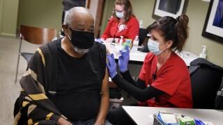 COVID-19, vaccinations, Neuroscience Center