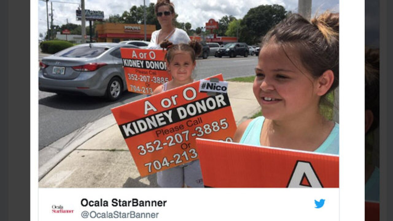 Florida family begs on street corner for kidney donor