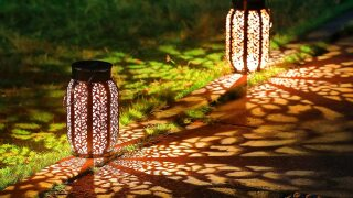 Best Outdoor Floor Lamps For Your Patio 2021