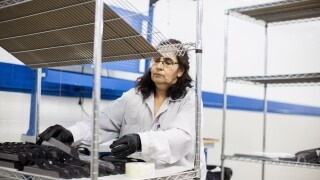 Ford_COVID-19_Medical_Equipment_Production_07.jpg
