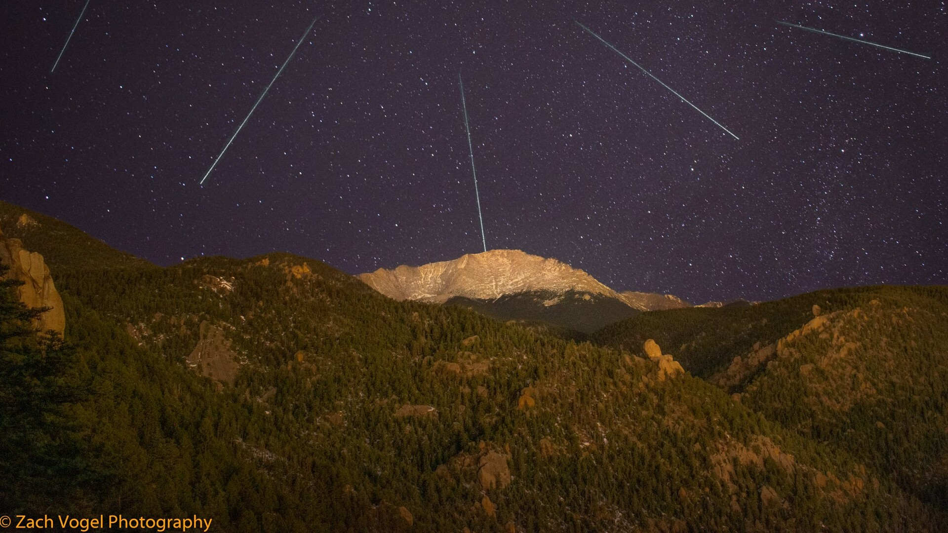 Leonid Meteor Shower Zach Vogel Photography.jpg