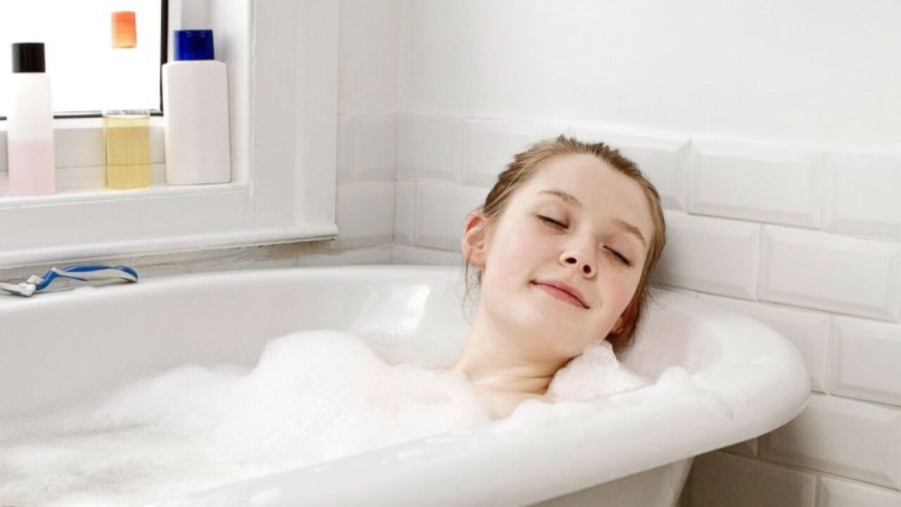 bathing-a-young-teen