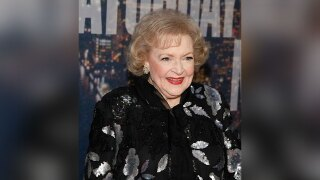 Betty-White-Photo-by-Andy-Kropa-Invision-AP.jpg