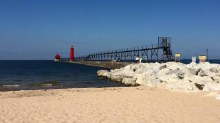 Hot summer warming up Lake Michigan, experts say