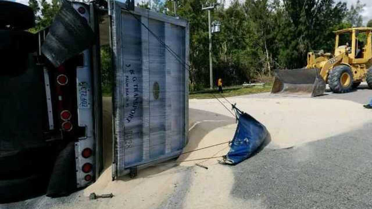 25 tons of sugarcane blocks Florida highway