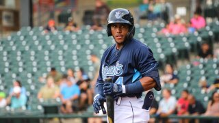 Hooks star Pedro León called up to Triple-A