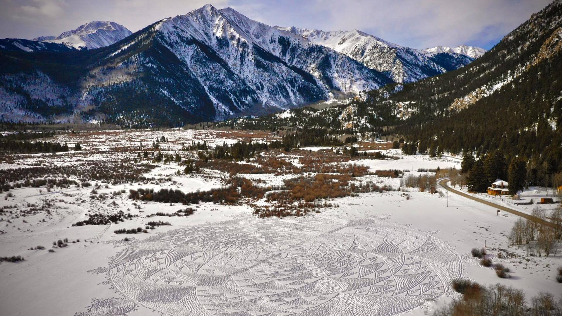 Simon Beck Snow Art at Twin Lakes Michael Randol.jpg