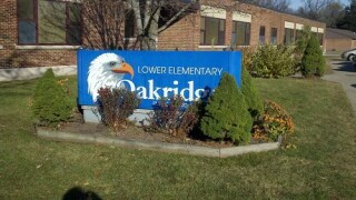 Oakridge-Lower-Elementary-sign.jpg