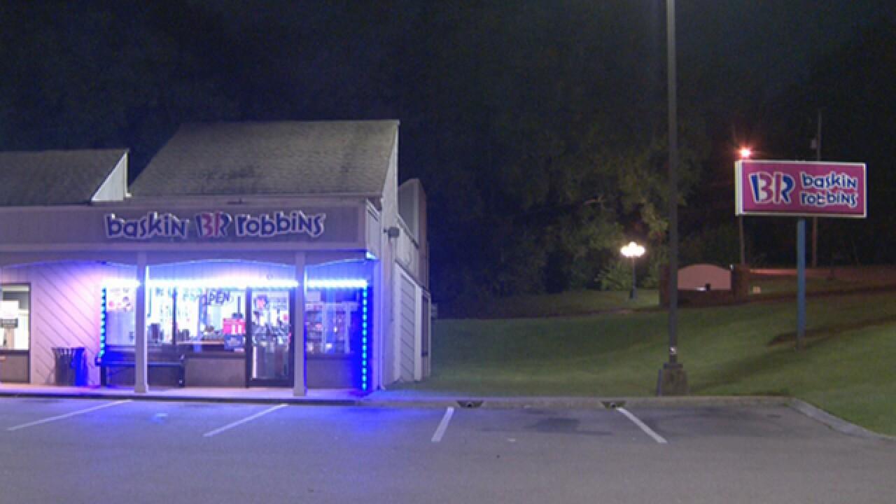 Armed Man Robs Nashville Ice Cream Store