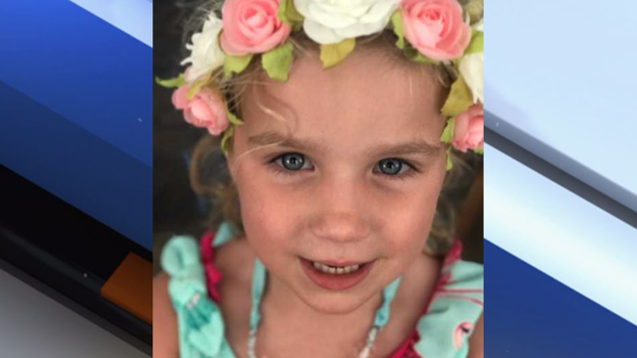 Man, 4-year-old child injured in boating crash
