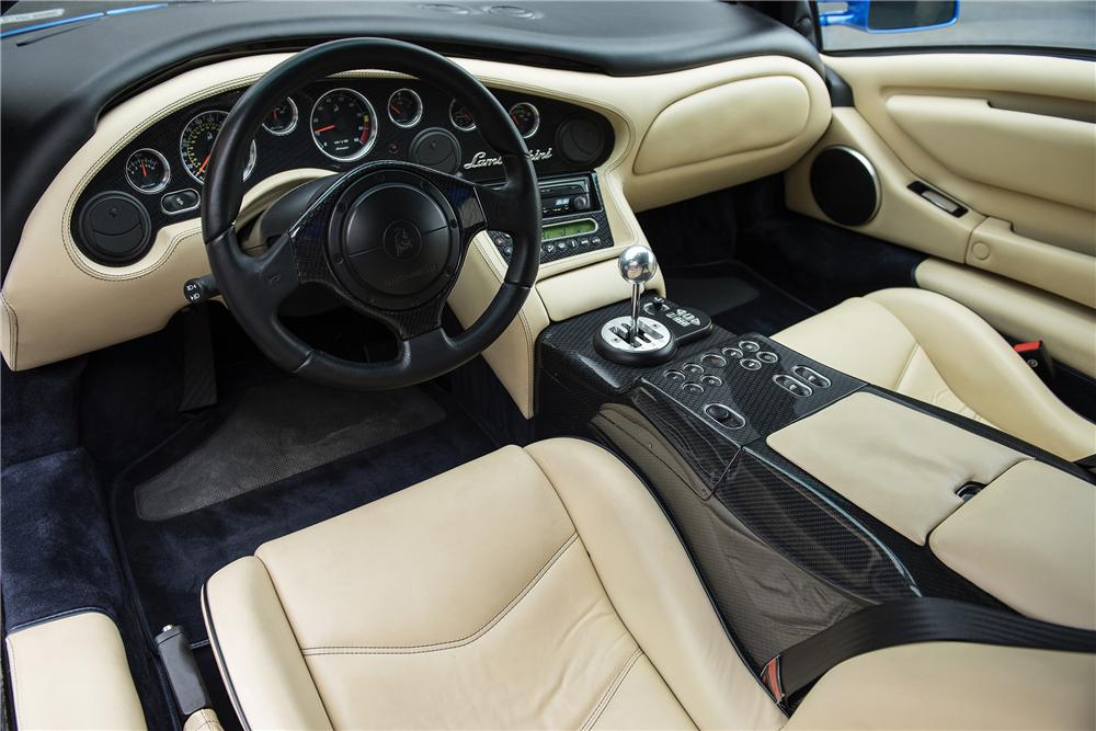 2001 Lamborghini Diablo VT 3.jpg