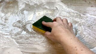 The Best Way To Clean A Baking Sheet