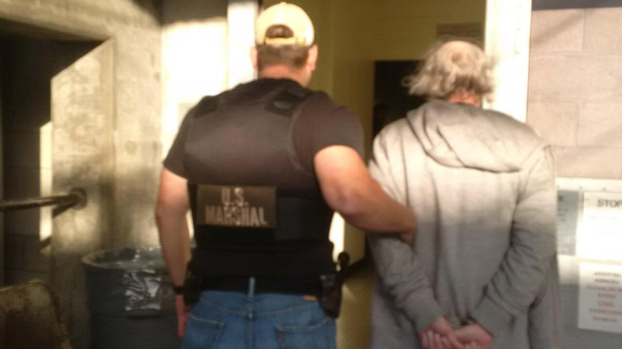 US Marshals capture 300 fugitives, serve 500 warrants for2017