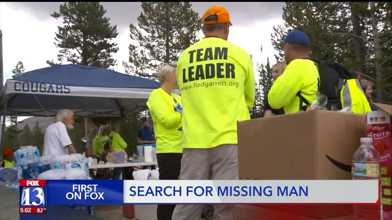Hundreds of volunteers search for man missing in the mountains of Summit County