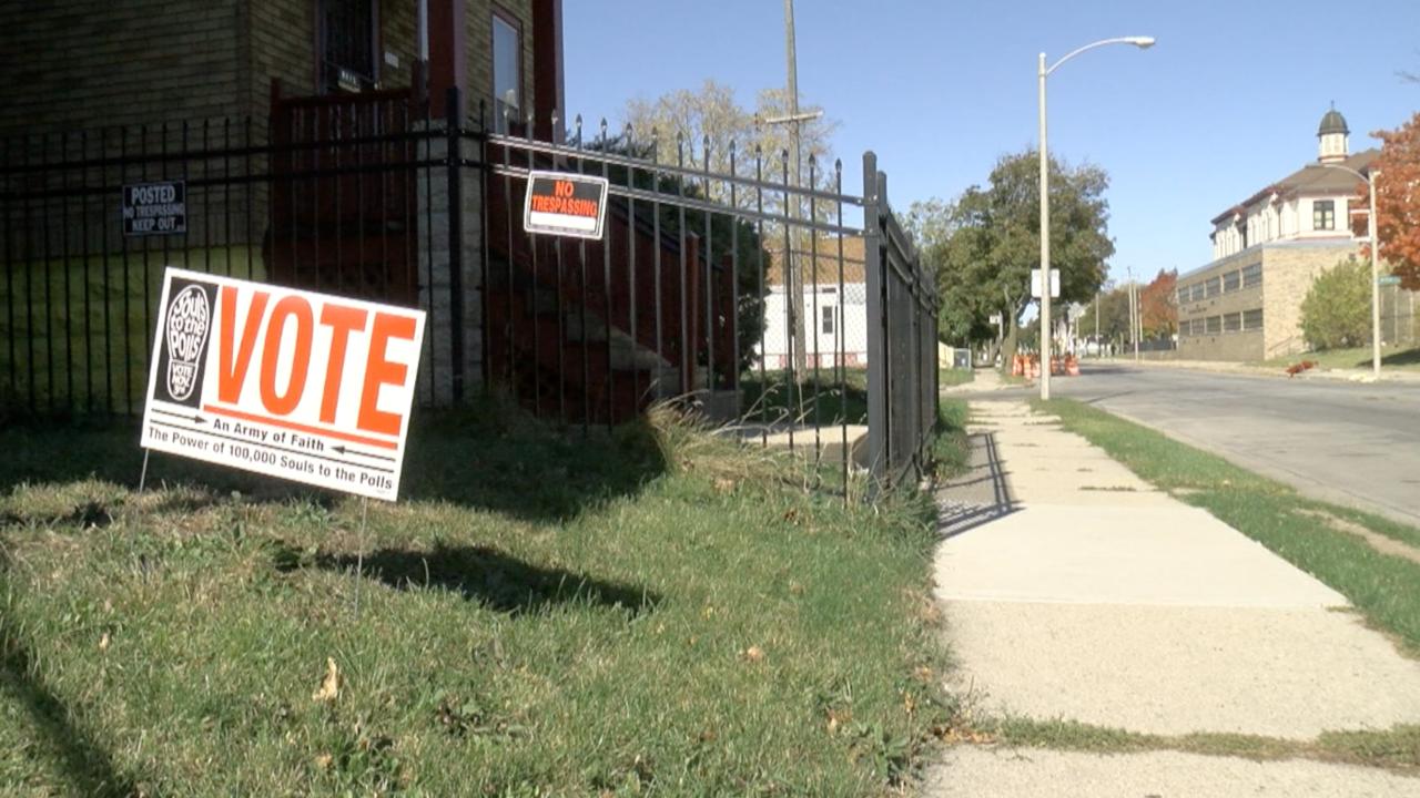 Vote sign in Amani neighborhood