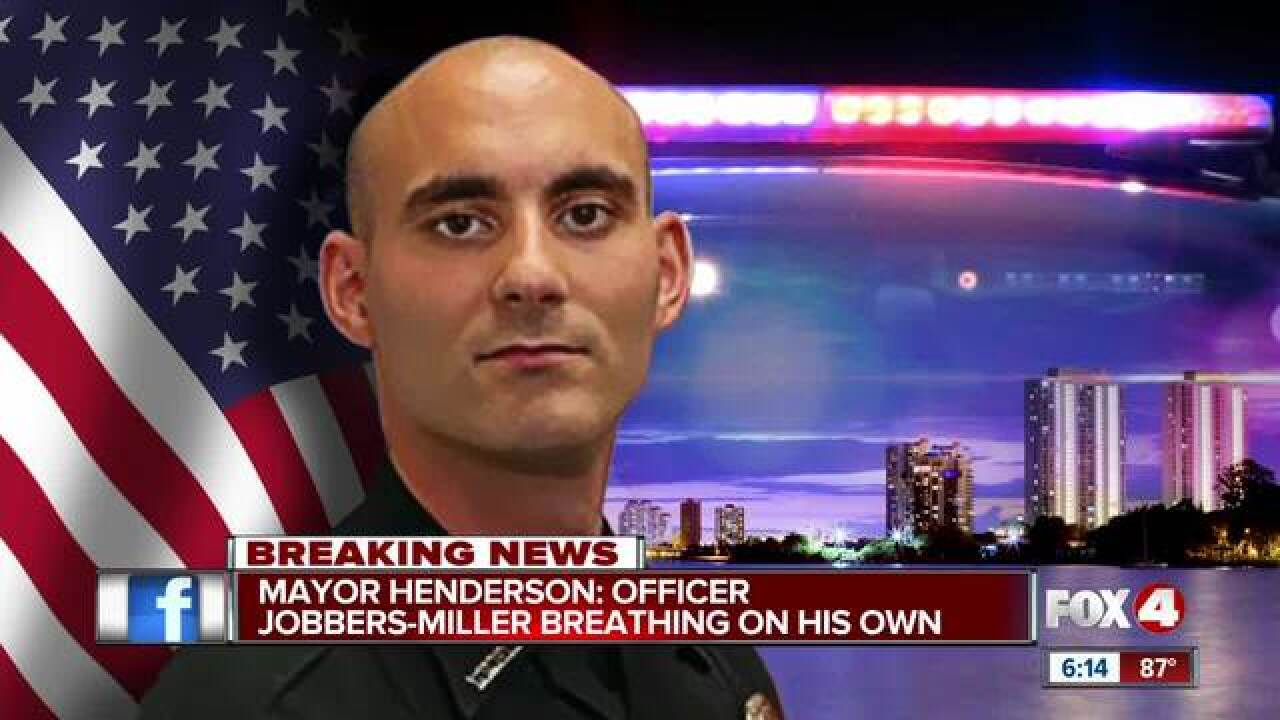 Fort Myers officer shot now breathing on his own