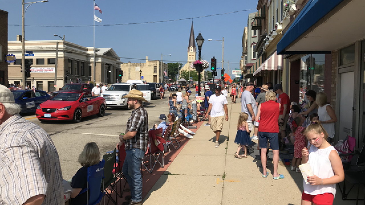 4th of July parades in Watertown, Waukesha