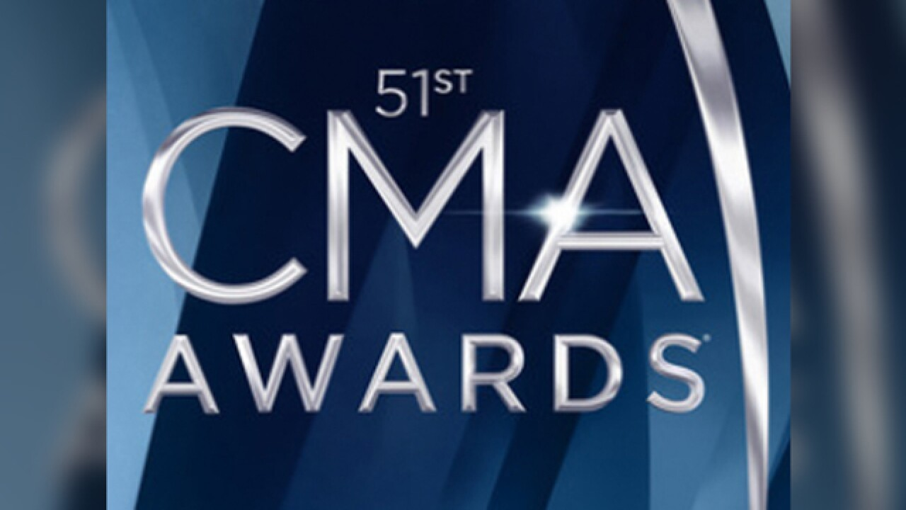 The winners: 51st CMA Awards honors country artists