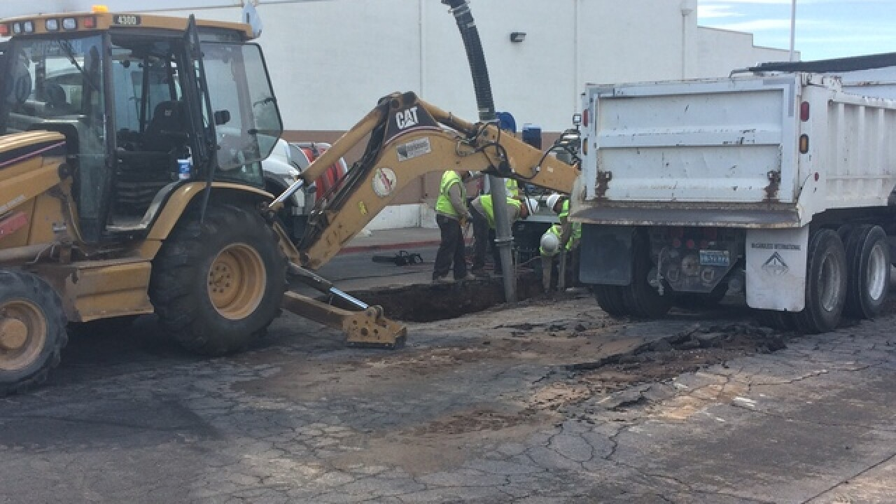 Officials respond to sinkhole in Henderson