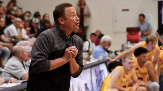 No stress in Montana-Wyoming win streak for coach Steve Keller