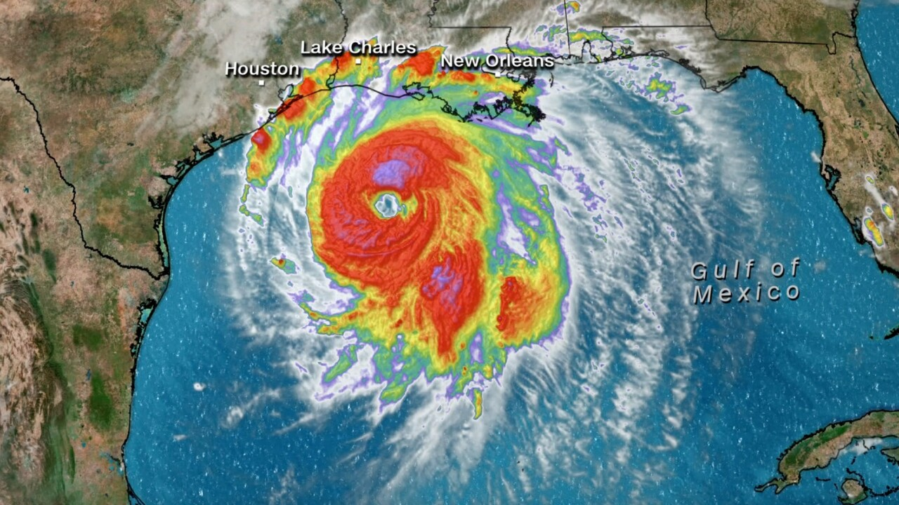 NWS issues thunder watch as Hurricane Laura makes landfall in Louisiana