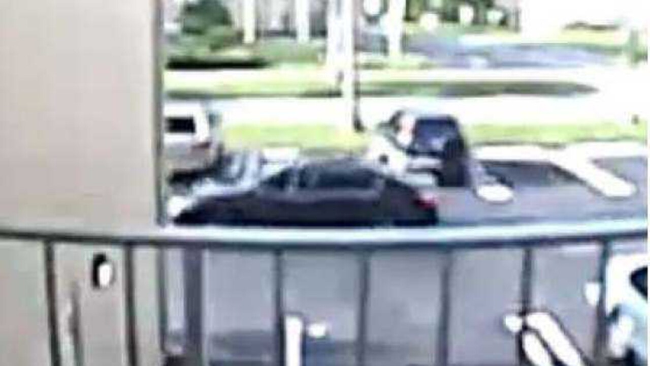 WPTV-BOYNTON-HOME-INVASION-SUSPECT-VEHICLE.jpg
