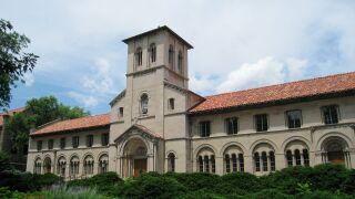Oberlin_College_-_Bosworth_Hall.jpg